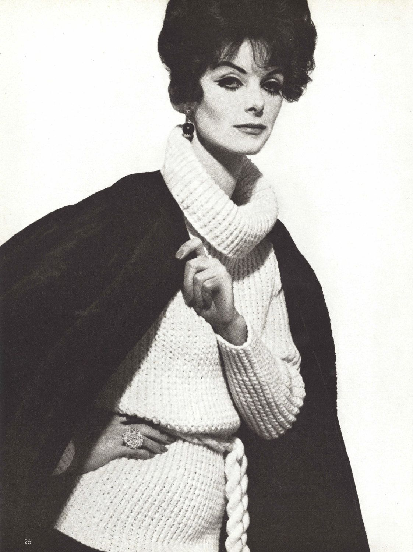 Lady Liz 1960s Knitting Turtleneck Sweater Pullover Pattern