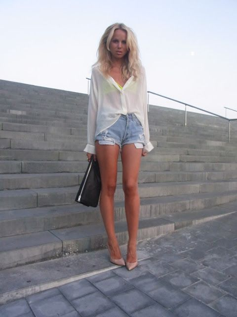 Elin Kling in Denim Shorts and Nude High Heels Outfit, Beauty in ...