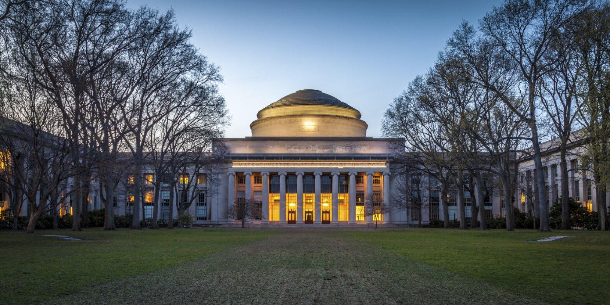 أفضل جامعات العالم في 2020 Massachusetts Institute Of Technology School Application Business School