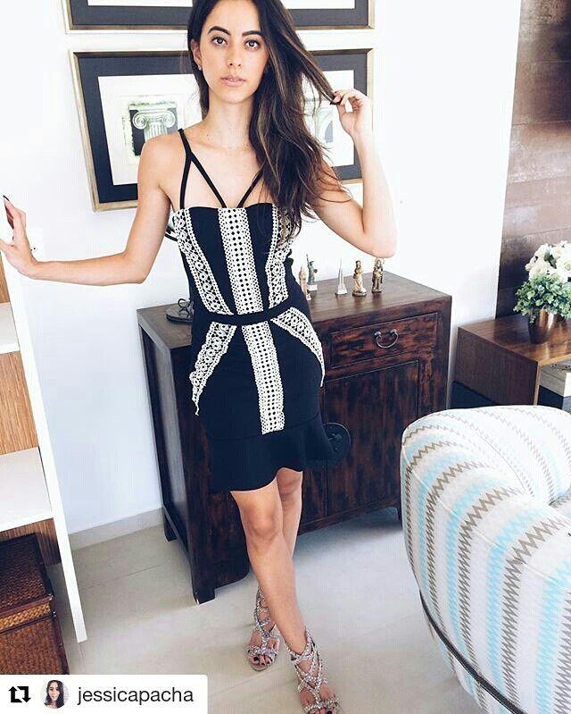 Vestido preto e branco instagram