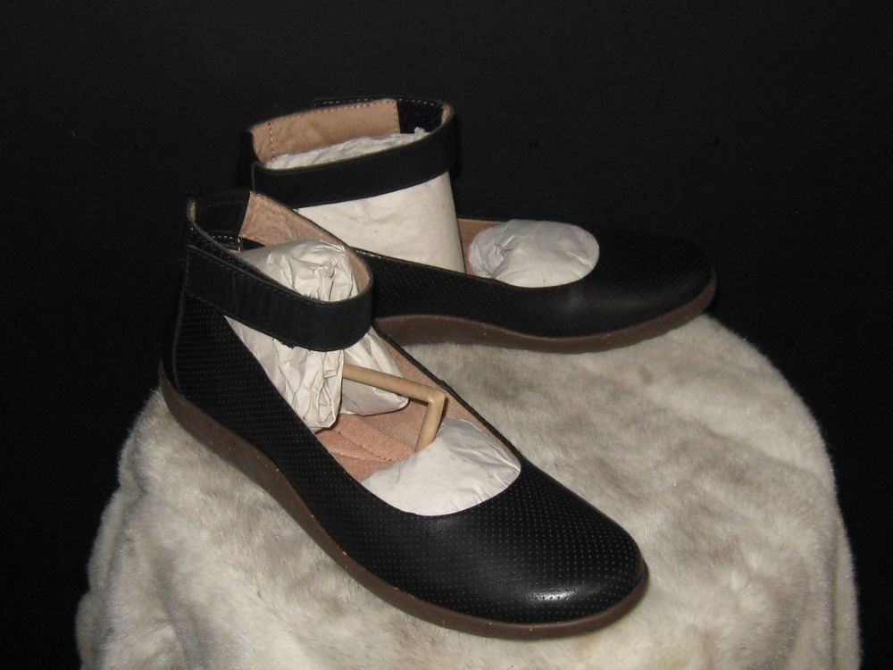f6178fd0c89a Women s Clarks Medora Nina Leather Ankle Strap Flats Sz 10M Black  Clarks   Flats  Everyday