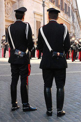 foto ufficiali e71fc 38b4e carabinieri italy | Military Uniforms nel 2019 | Militare ...