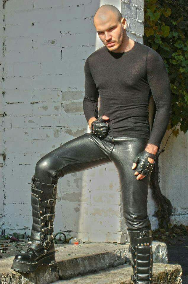 Pin By Joe Brooks On Men In Leather Pants Leather