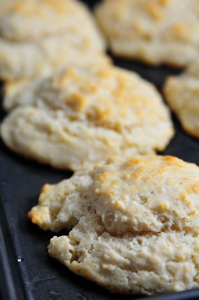 Buttermilk Drop Biscuits Make A Delicious Addition To Any Meal Get This Simple Delicious Family Biscuit Recipe Drop Biscuits Recipe Buttermilk Drop Biscuits