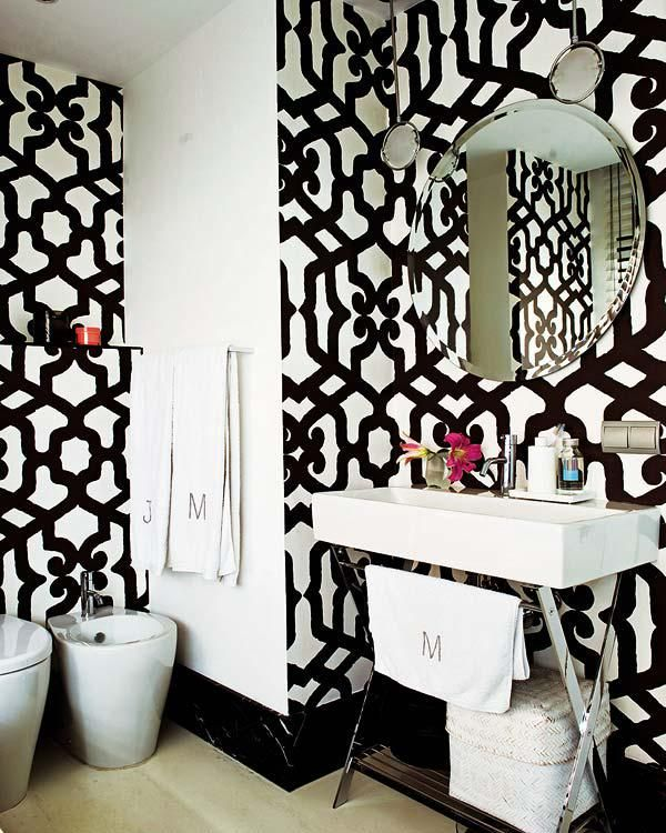 Black White Wallpaper Decorating Bath Room Lavatory Eclectic Home Decor Ideas White Decor Black And White Decor Bathroom Decor