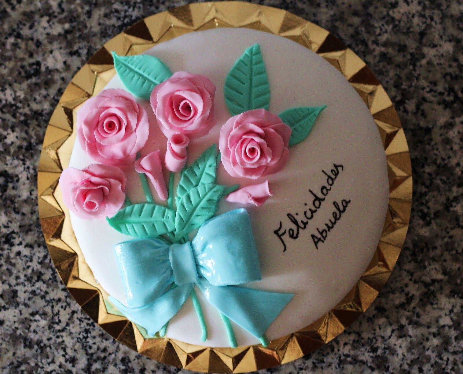 Mi primera tarta fondant-rosas | Recetas de Lau | Pinterest | Tartas ...