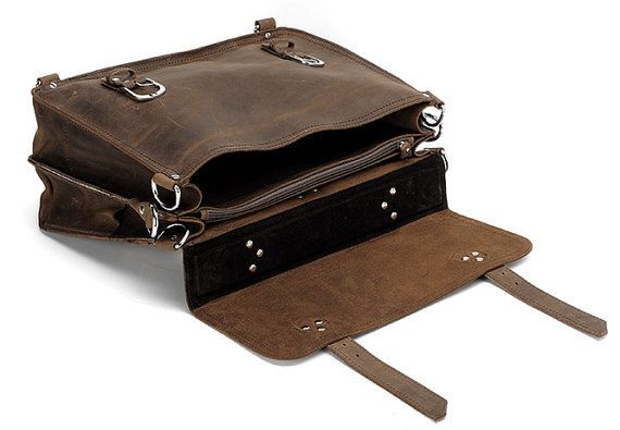 Fuctional Handcrafted Leather Briefcase / by MooshiLeatherDesign