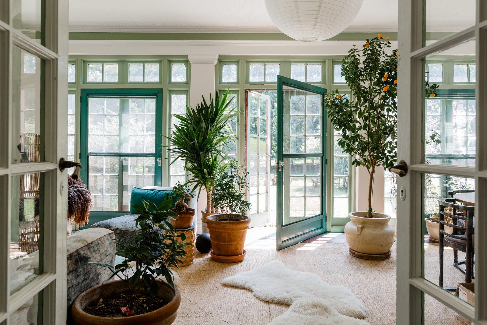 An Italianate Home In Nyack New York Full Of Energy And Art In 2020 Home Architectural Digest Georgian Interiors