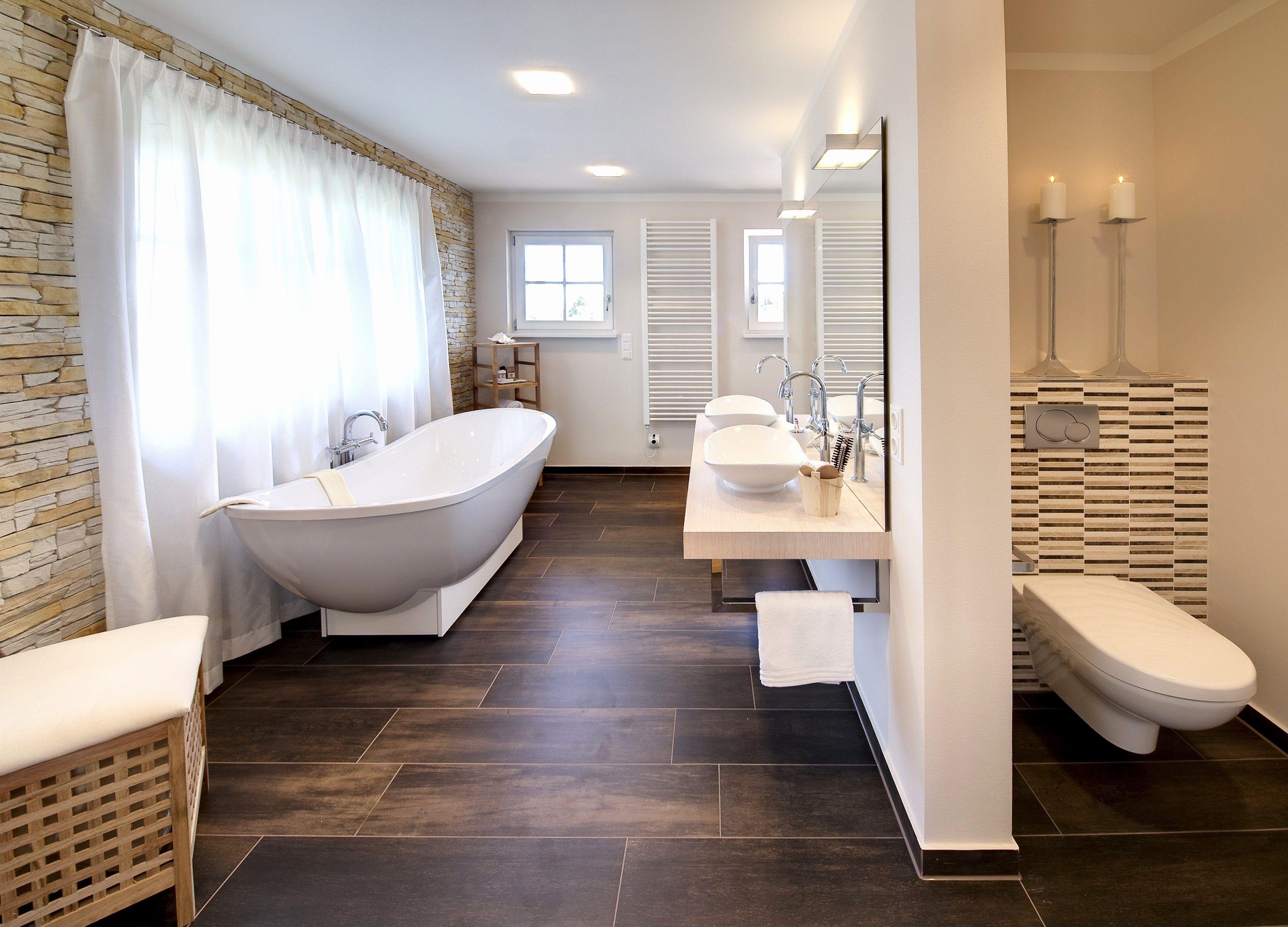 Badezimmer Schrank Mit Jalousie Badezimmer Holzoptik Haas Haus Haus Design