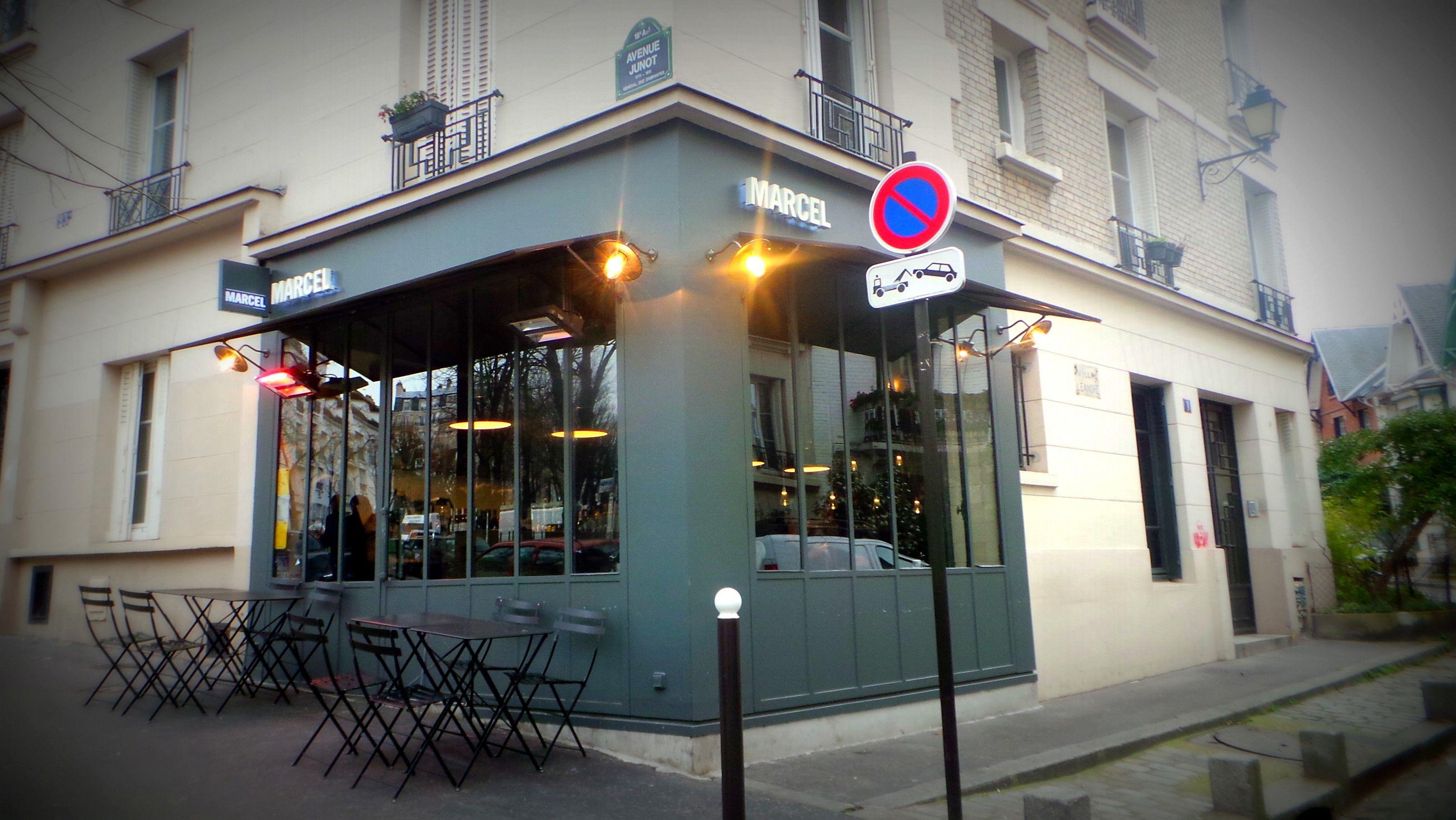 Marcel Le Petit Brooklyn Niche Dans Le 18eme Brooklyn Rue De Babylone Paris
