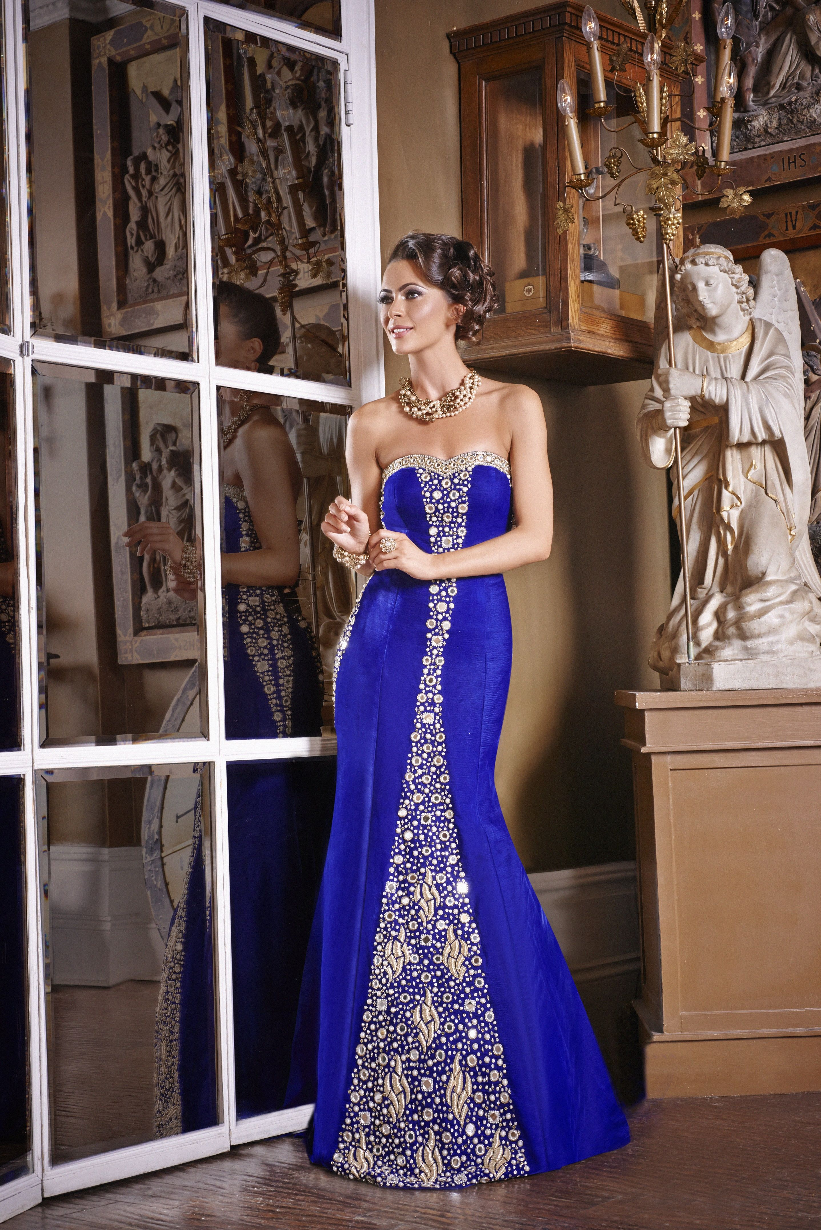 Wf13 Luxurious Royal Blue Velvet Vintage Reception Gown Perfect For A Fusion Wedding With Mirror Hand Embroidery