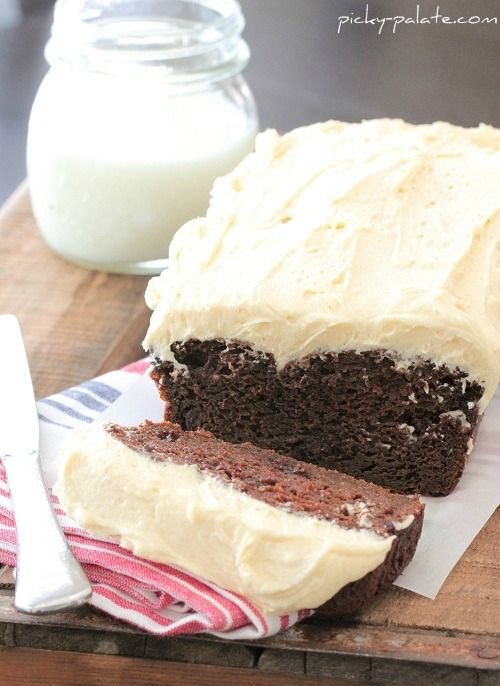 double chocolate pumpkin cake with pumpkin spice buttercream / i am all about the frosting on this one