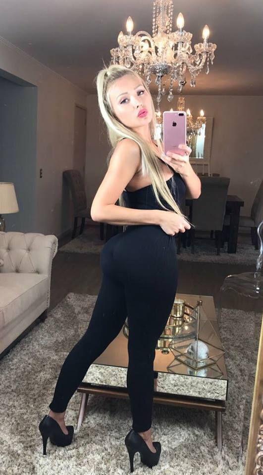 Blonde girl selfie body