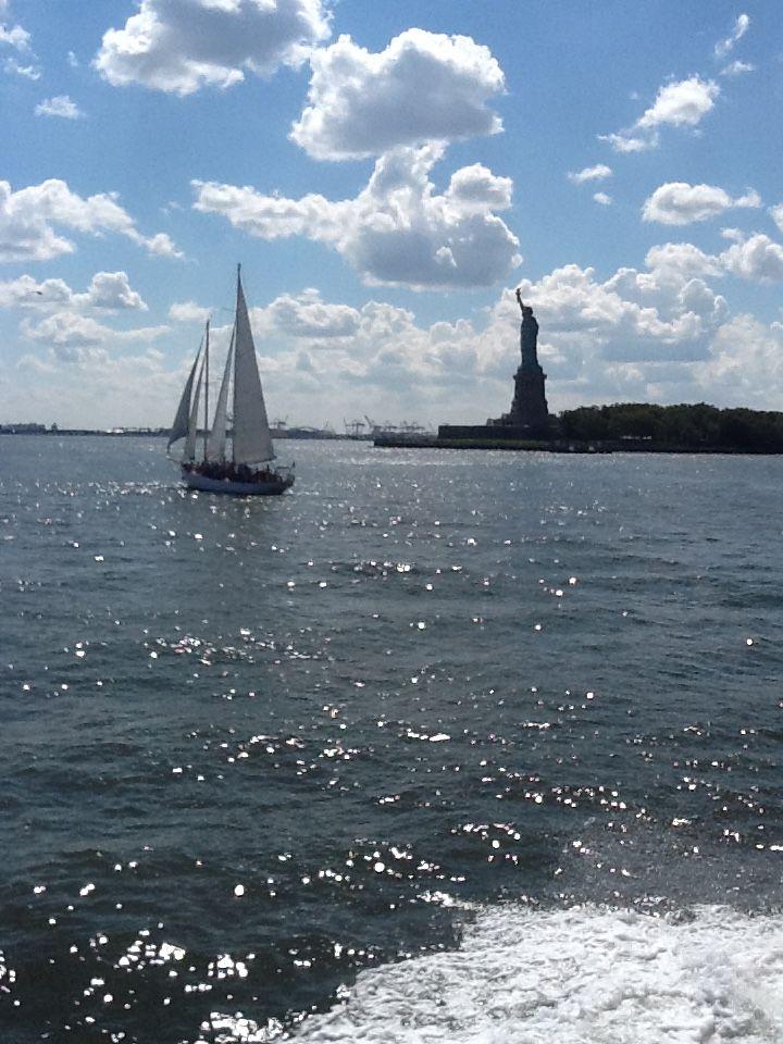New York.Rio Hudson.Estatua de la Libertad