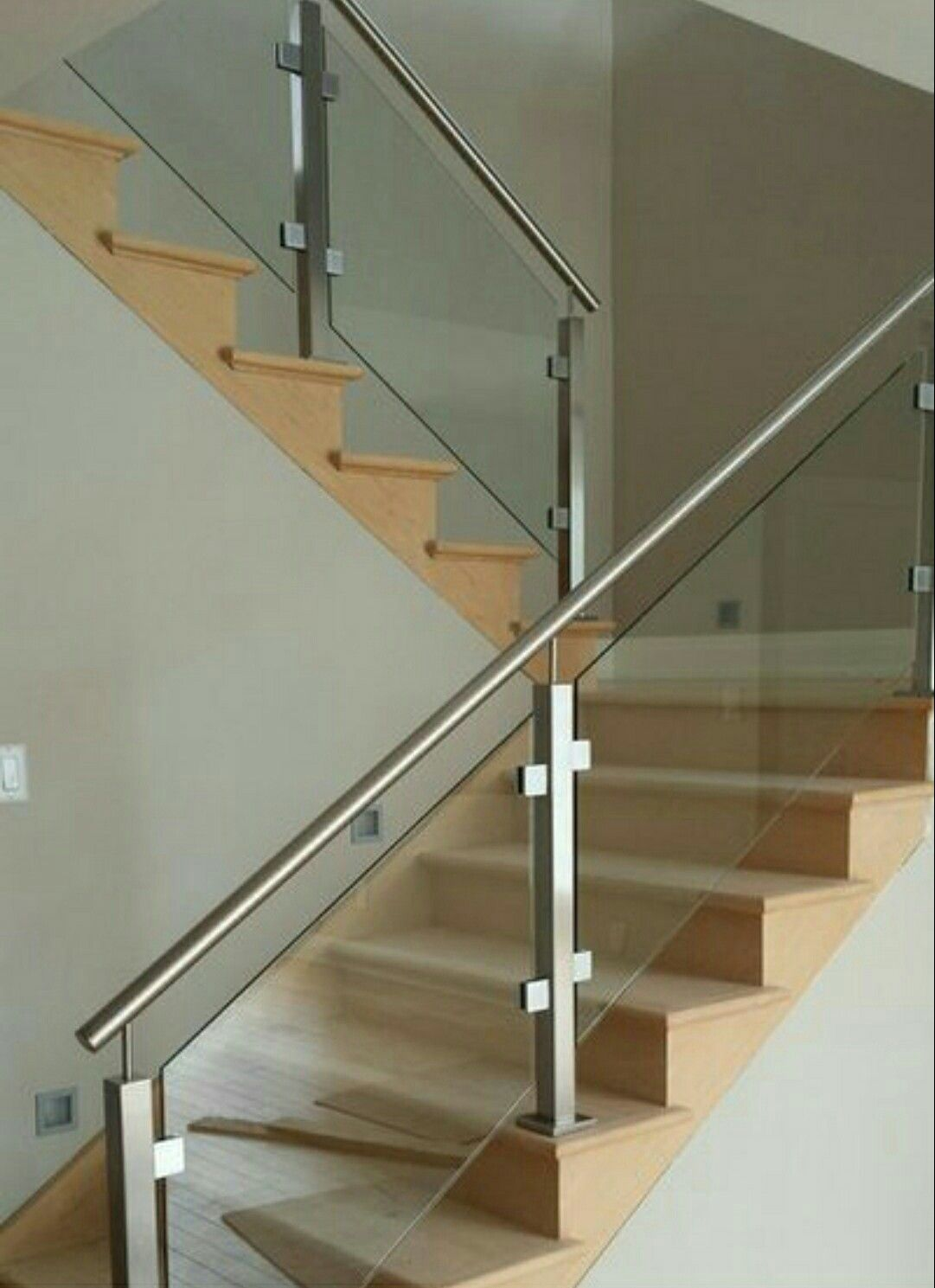 Best Graderias Victor With Images Stair Railing Design 400 x 300
