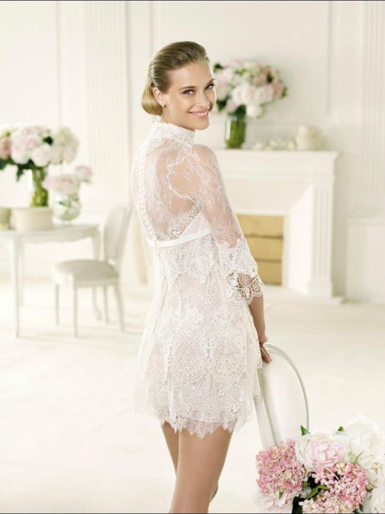 Mini white wedding dress  Beautiful short wedding dress romantic lace boho chic  Boho chic