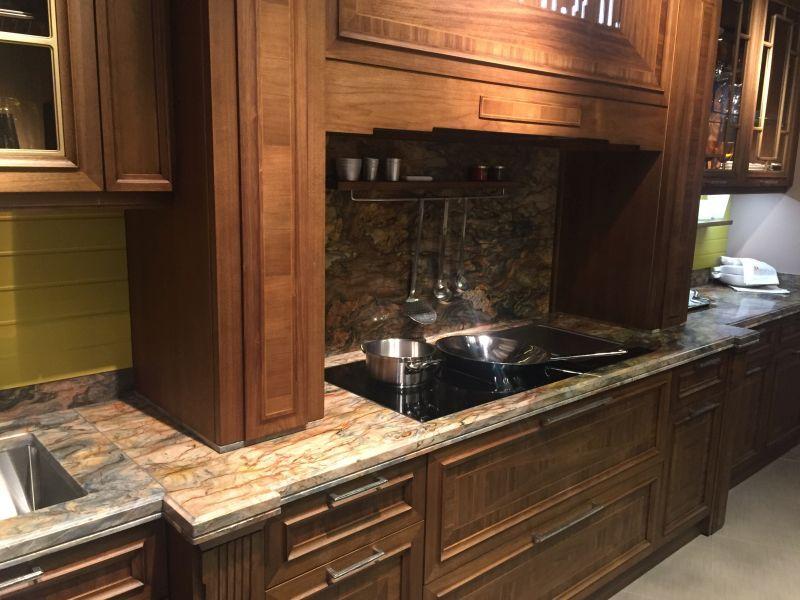Einen Marmor Backsplash zu lieben oder nicht zu lieben Küche