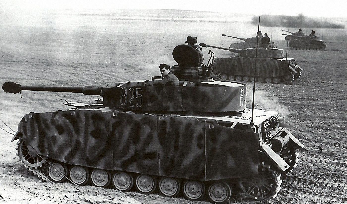 Assorted WWII Photographs - Part 1 | Panzer iv, German tanks, Tank