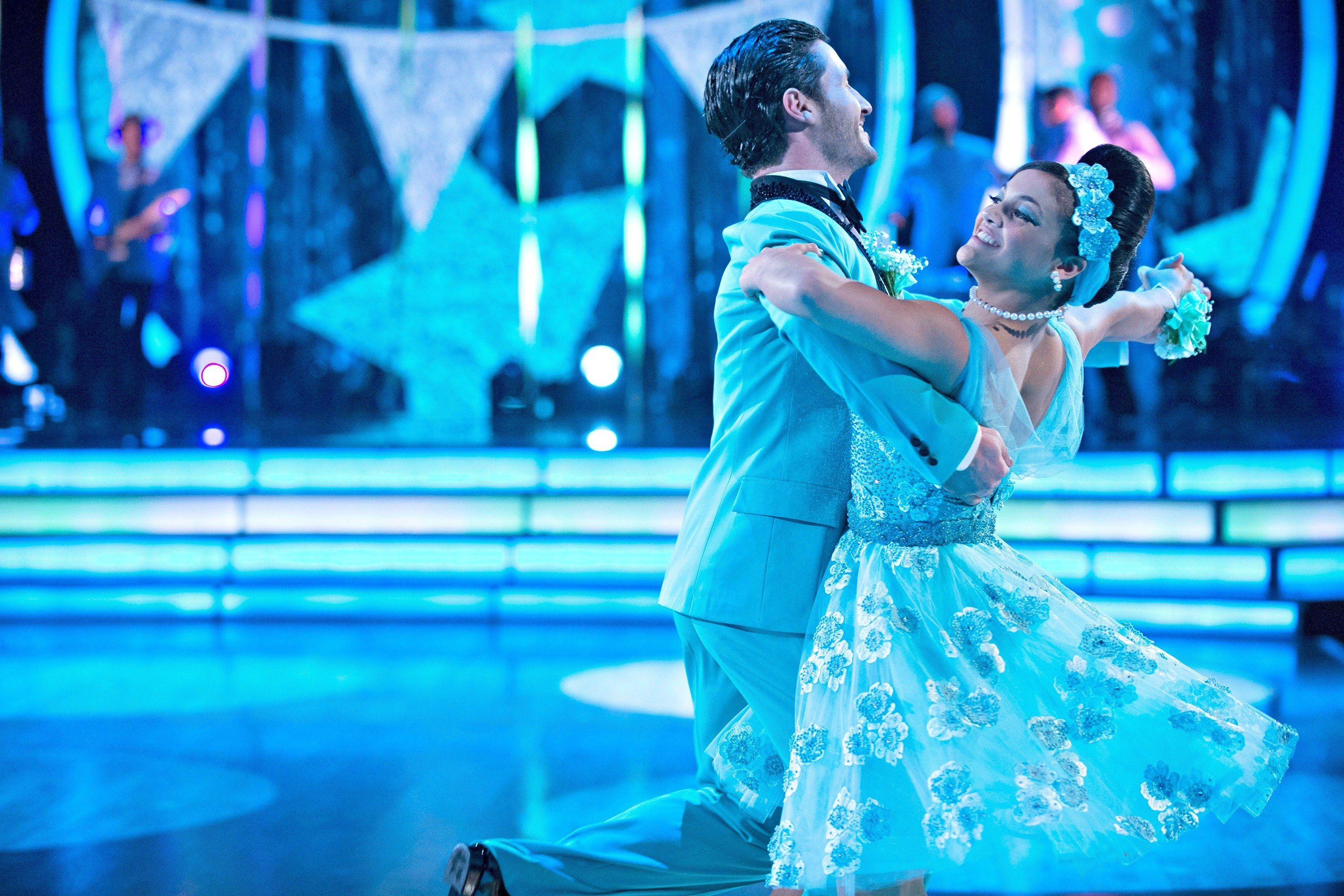 Val Chmerkovskiy Couldn T Stop Crying Over His Dance With Laurie Hernandez On Dancing With The Stars Val Chmerkovskiy Dancing With The Stars Laurie Hernandez