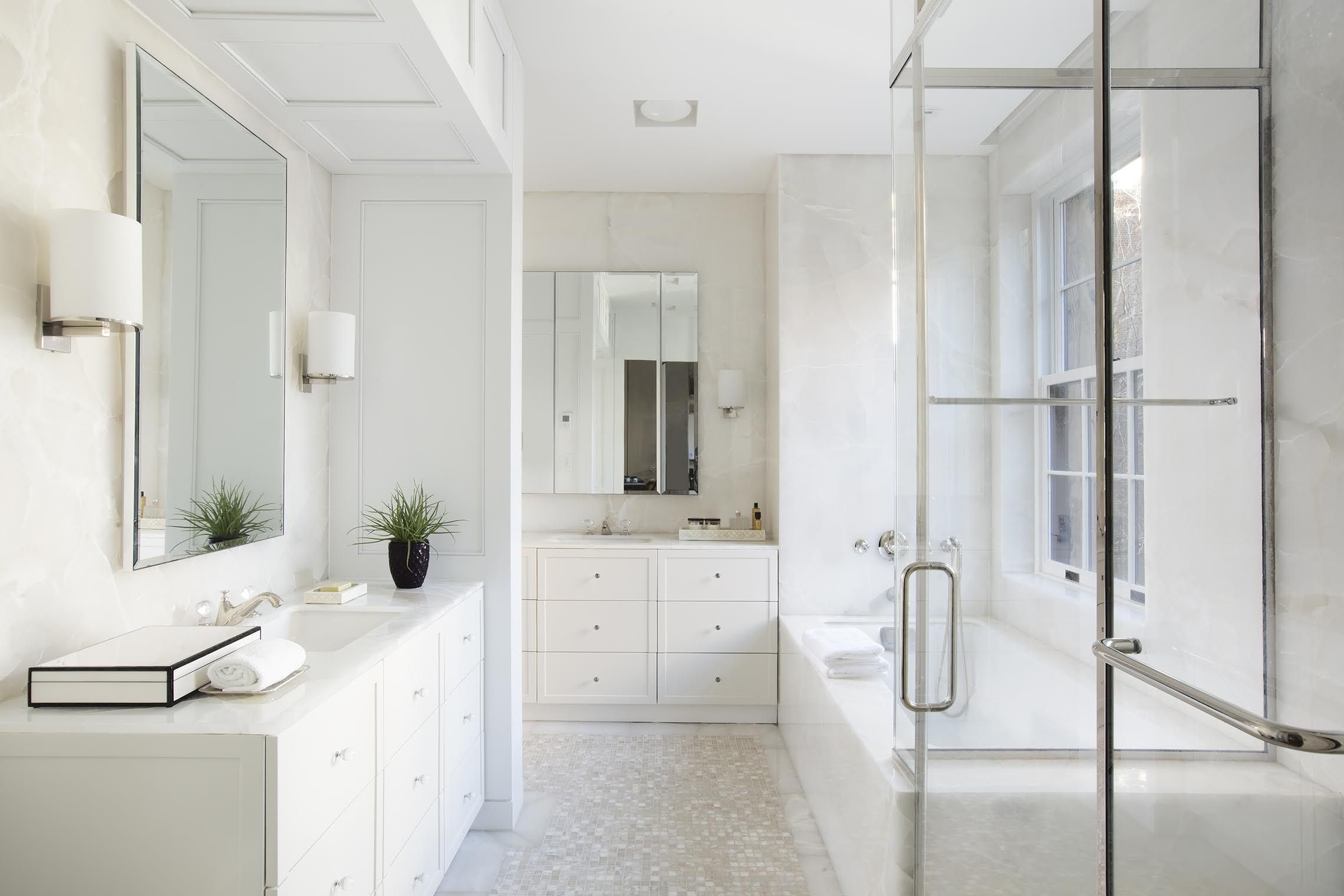 10 Luxurious Bathroom Ideas That Will Never Go Out Of Style ...