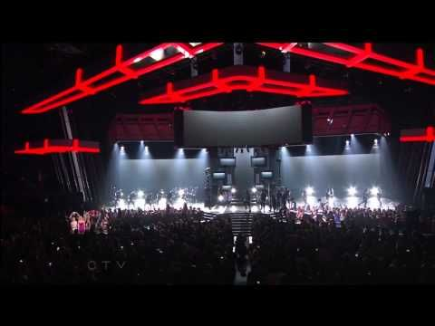 "▶ Will.I.am ft. Justin Bieber ""That Power"" Billboard Music Awards 2013 - YouTube"