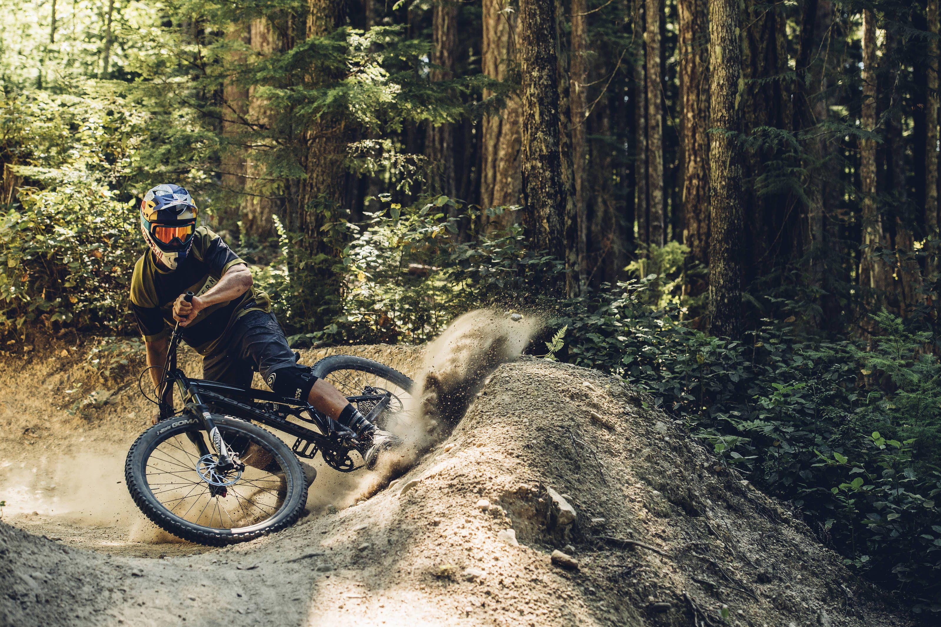 Best Mountain Bikes Under 200 In Depth Reviews Buyer S Guide