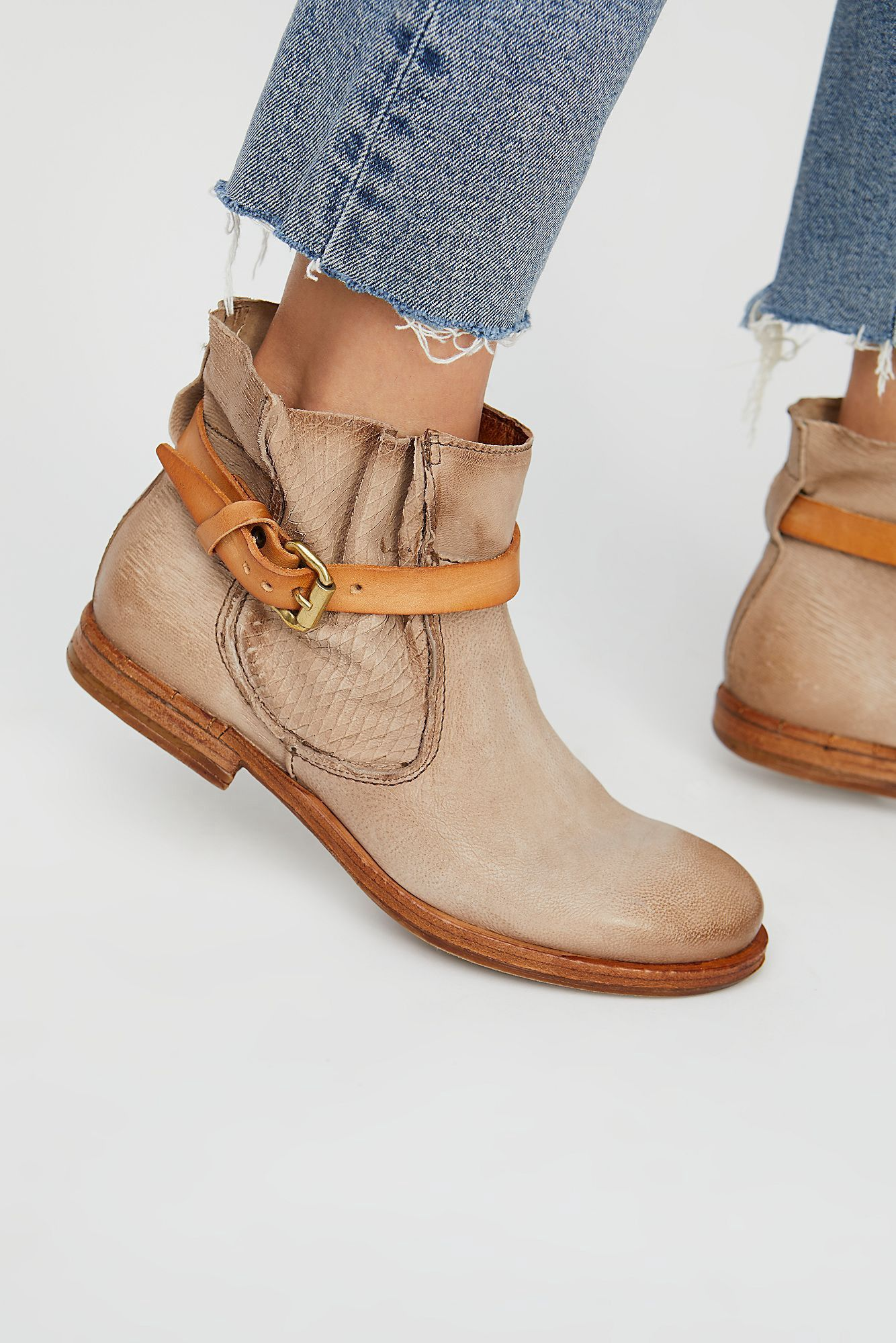 Free People Imperial Distressed Ankle - Rhino 36 Euro Chaussures Femme 27da9f63070