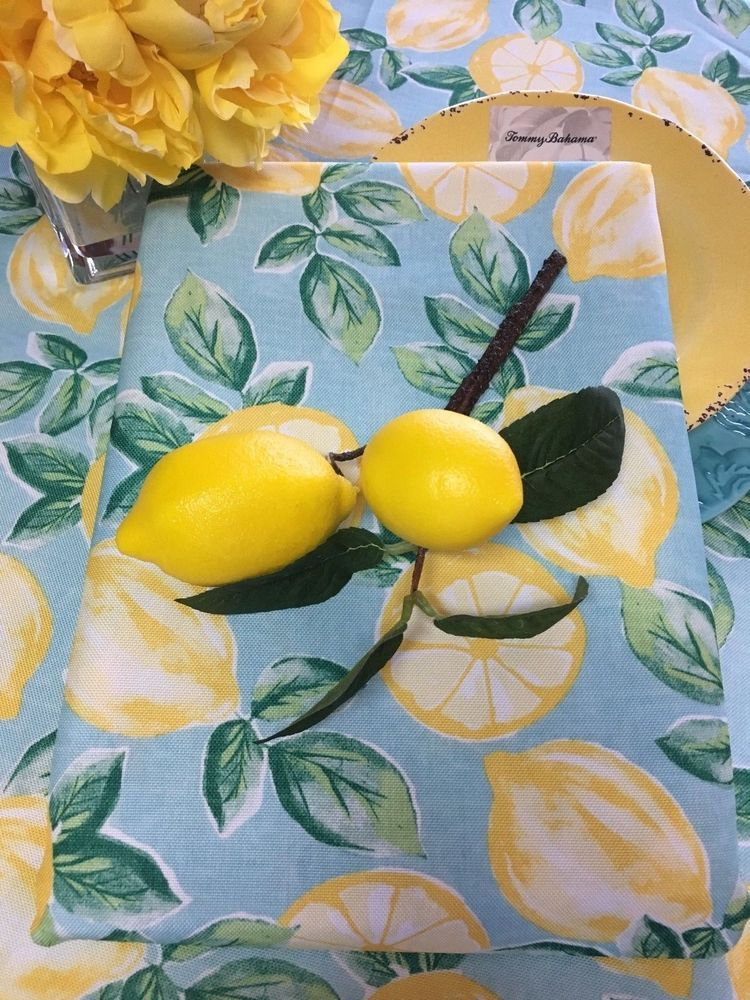 Isaac Mizrahi   Indoor.//Outdoor Tablecloths Lemons Assorted Sizes