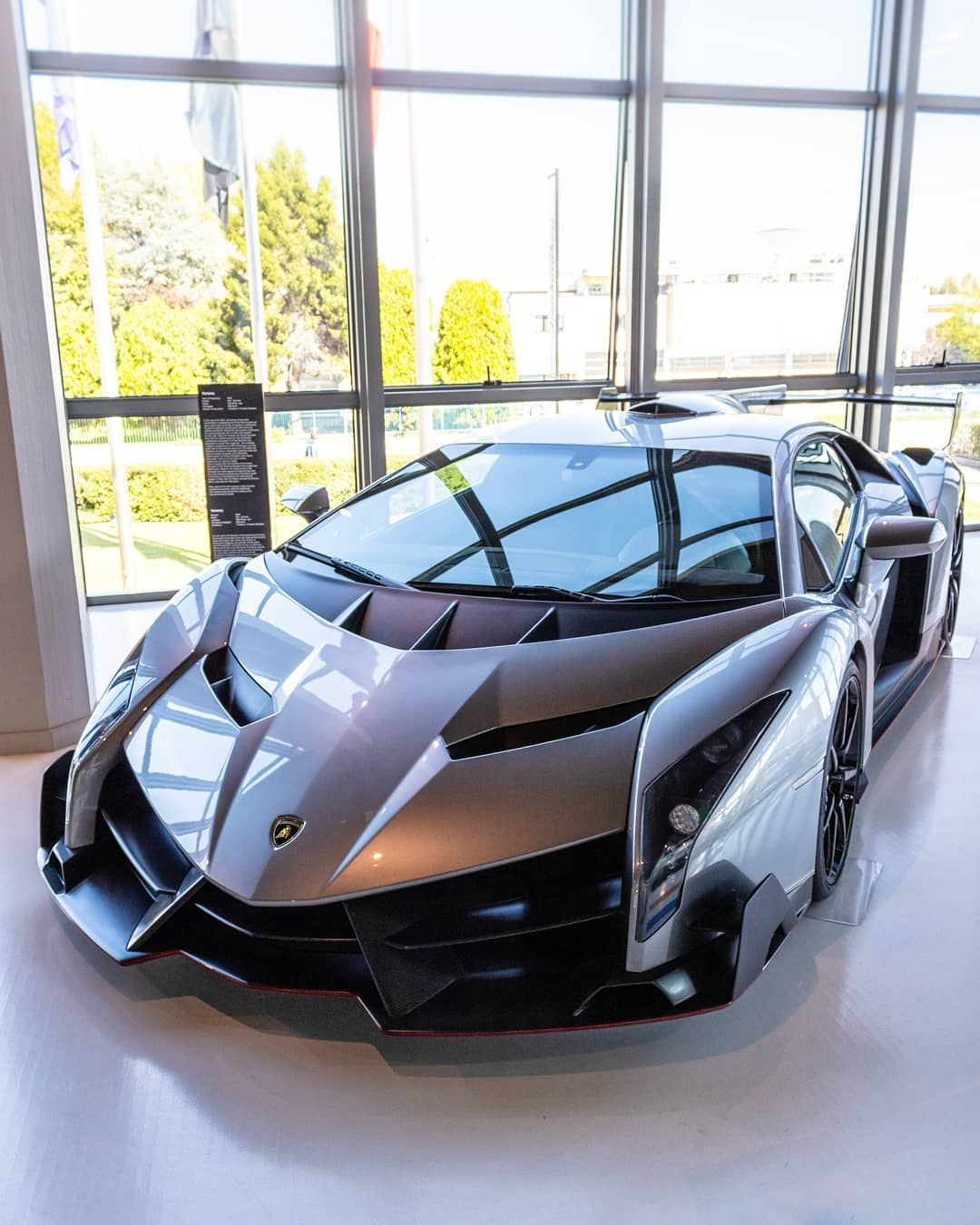 When You See It For The First Time You Cannot Forget It Forever Follow Supercarsbuzz For More Lamborghini Veneno Super Luxury Cars Lamborghini