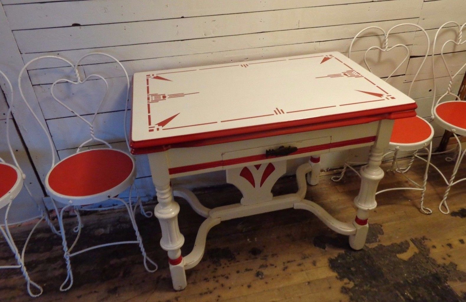 1930s Porcelain Enamel Top Kitchen Dining Table With Chairs Art Deco Set Red Vintage Kitchen Table Dining Table In Kitchen Art Chair