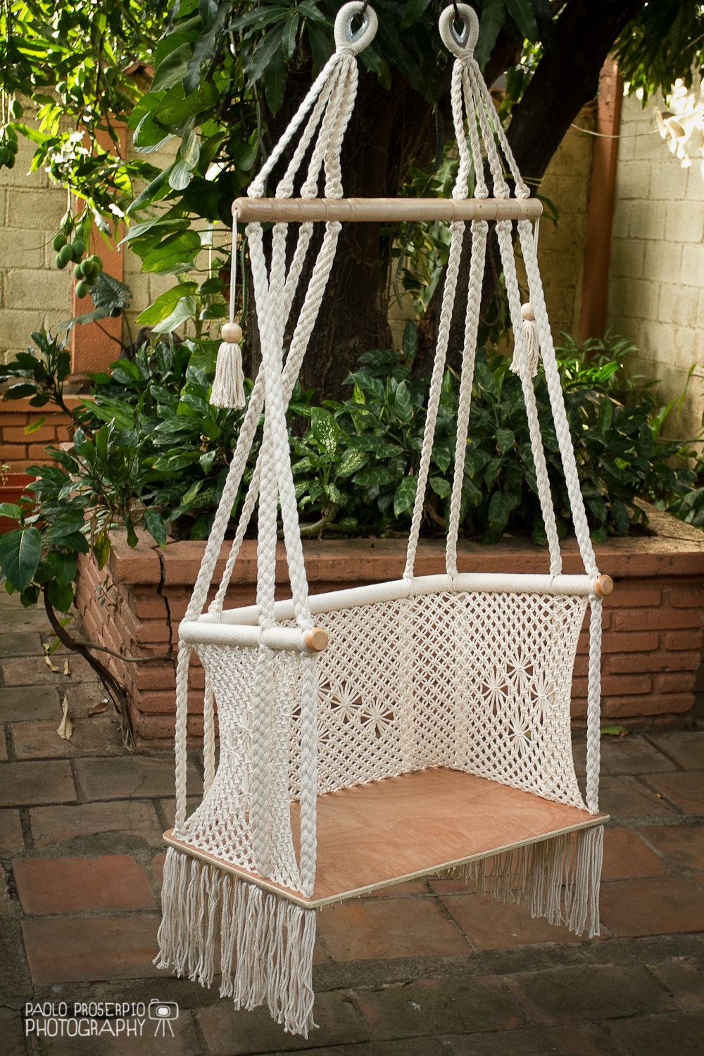 Hanging chair in macrame 1 year warranty cream cotton for Macrame hanging chair