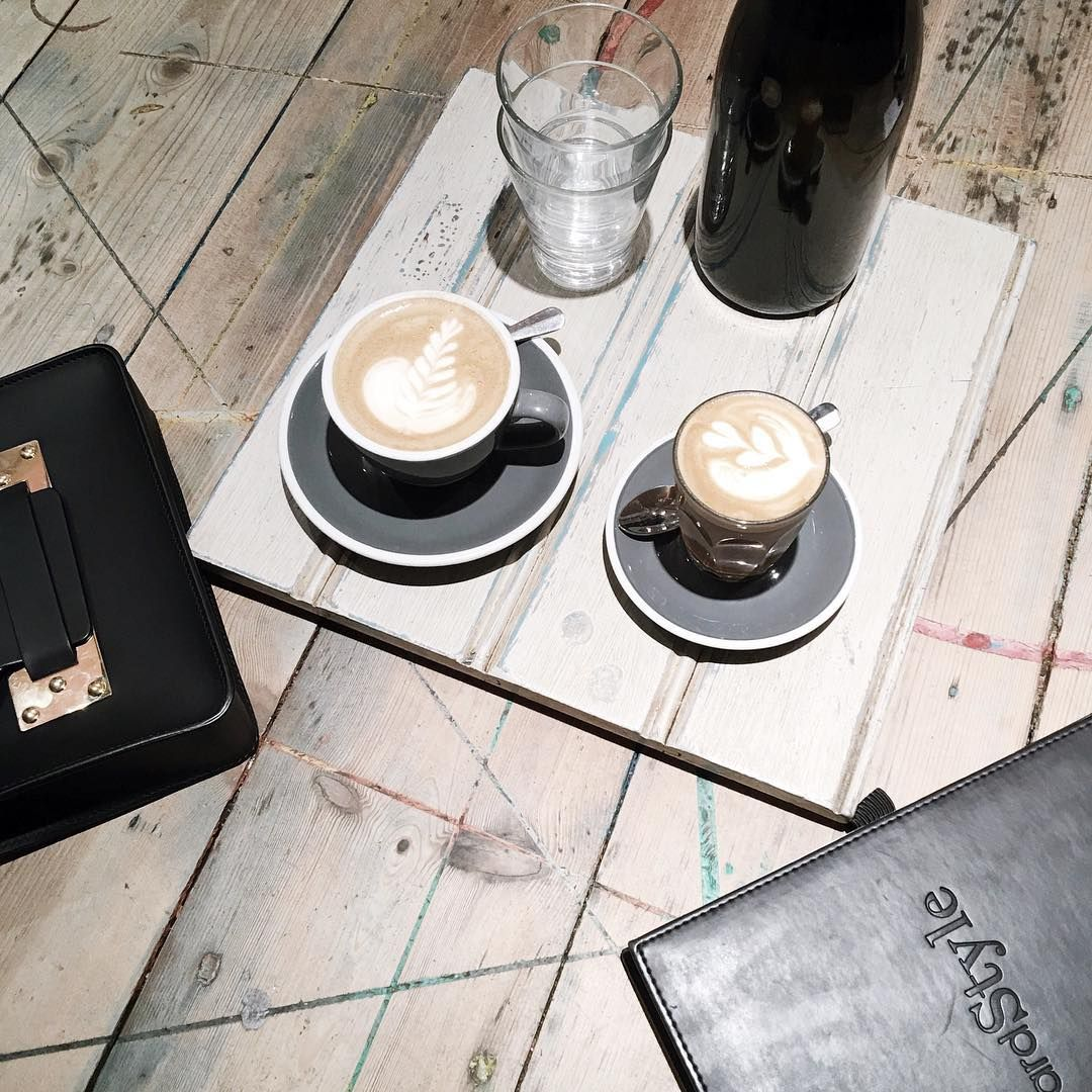 A London coffee date with Reward Style at Timber Yard | onlinestylist on Instagram |