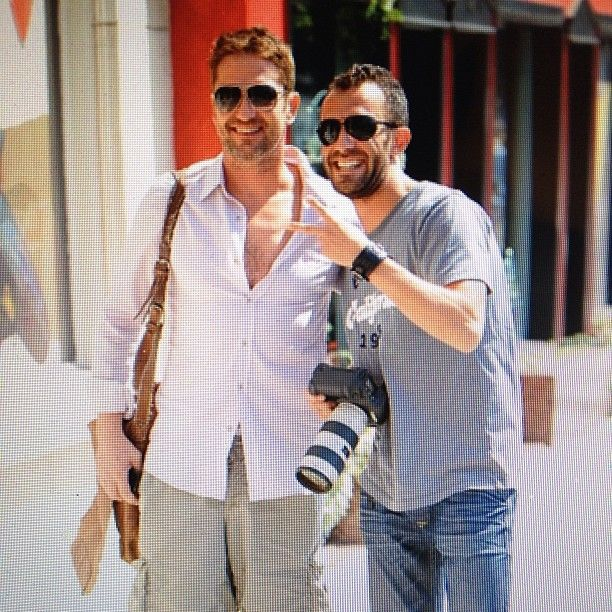 .@Vladimir Tetyukhin Labissiere | PAP LIFE... Gerard Butler posed for this pic with the homie @bobby_pap_la  #p...
