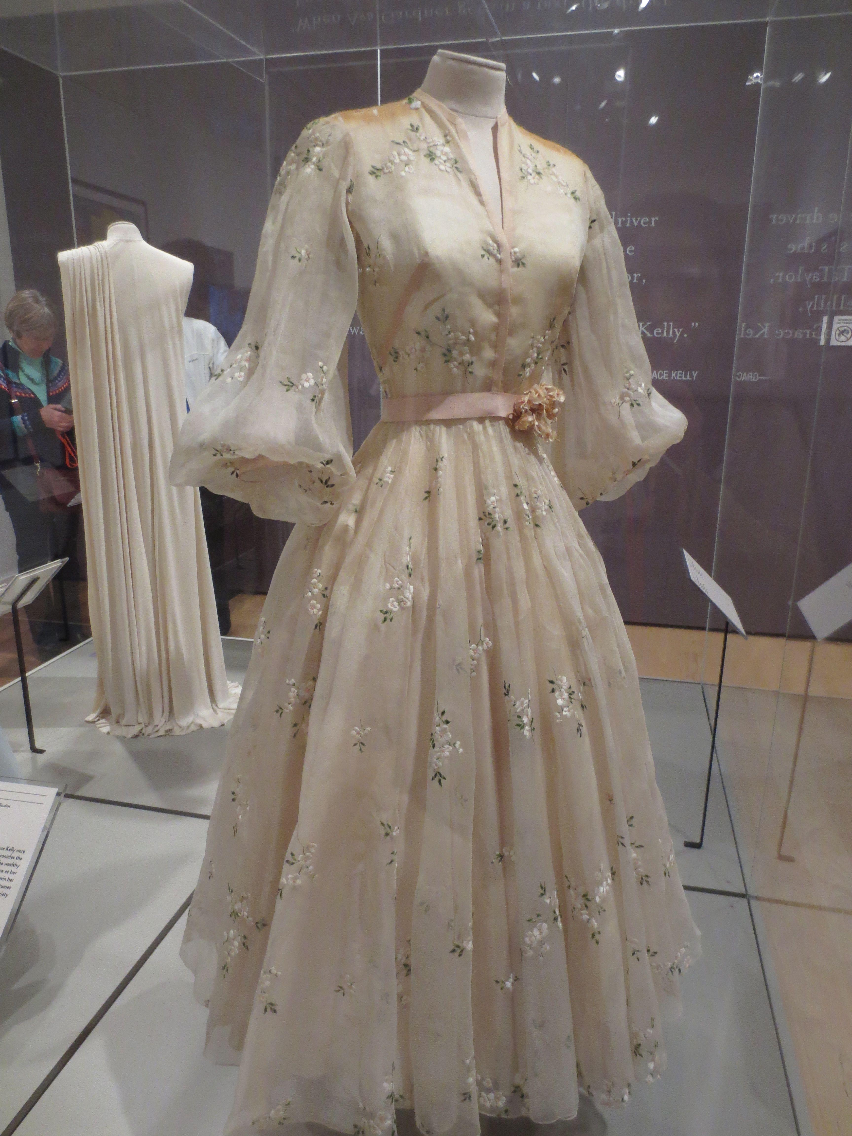 Grace Kelly High Society Wedding Dress... | Oh! You Pretty Things ...