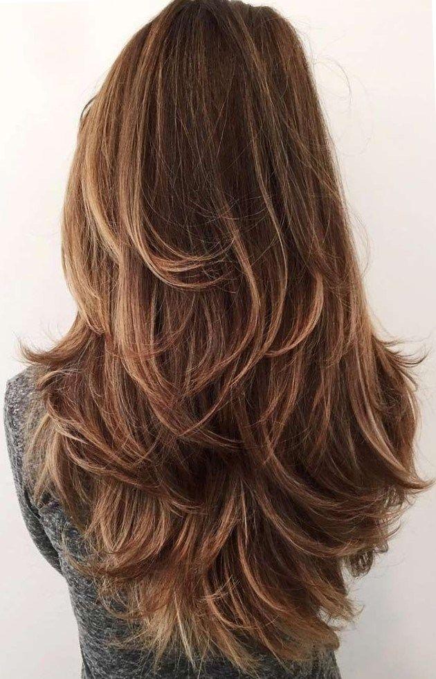 30 Lange Frisuren Und Frisuren Fur Frauen Um Wunderschon Aussehen Gestufter Haarschnitt Haarschnitt Stufenschnitt Lange Haare