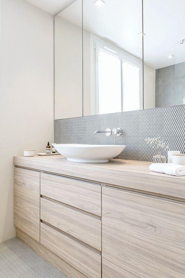 carrelages sol et murs MUTINA et meubles bois hydro Bathroom