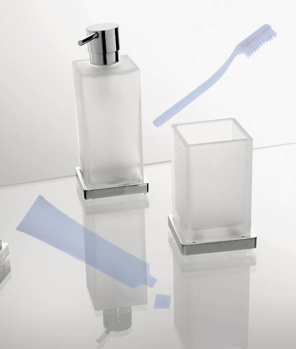 Accessori Per Bagno Colombo.Porta Spazzolino Look By Colombo Design In Foto E Presentato