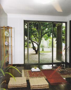 31 Desain Mushola Minimalis Dalam Rumah Desainrumahnya Prayer Room Meditation Rooms