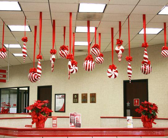 Candy Cane Lane Decorations Christmas Candyland Theme Decorations Candy Cane Lane On Pinterest