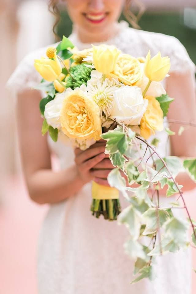 Your wedding bouquet is the easiest way to incorporate a little Baylor pride! #SicEm