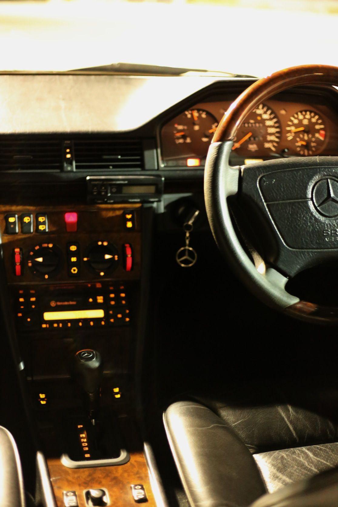 Mercedes Benz W124 S124 E320t 94 Jewelryapple Airstream エアストリーム メルセデス ステーションワゴン メルセデスベンツamg