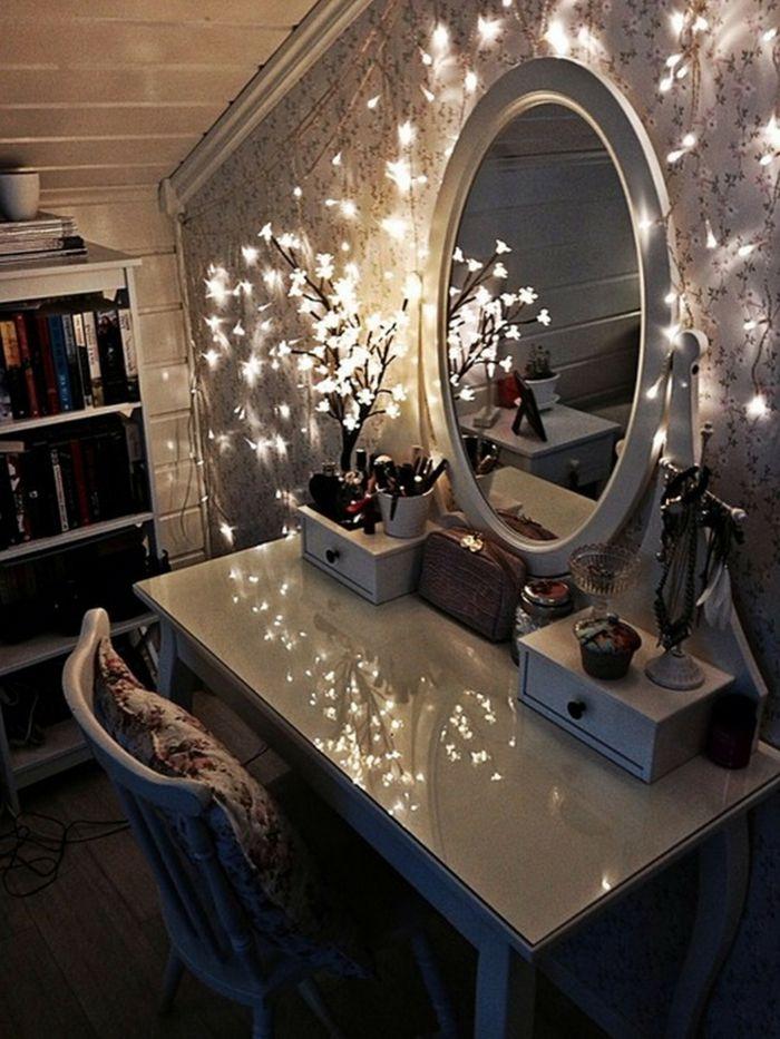 moderner schminktisch mit spiegel h bsche fotos near mirrors schminktisch schminktisch. Black Bedroom Furniture Sets. Home Design Ideas
