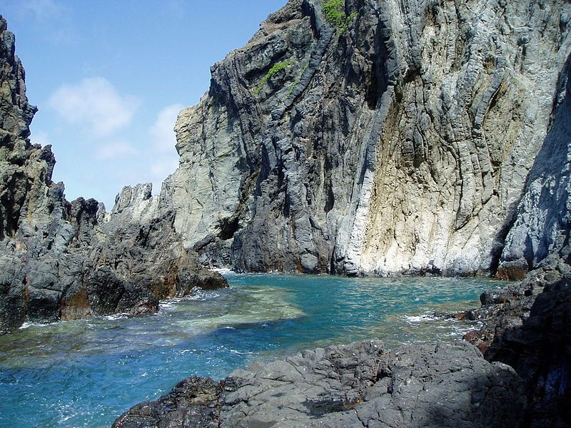 Na Mokulua Hawaii: Ocean Cove On North Side Of