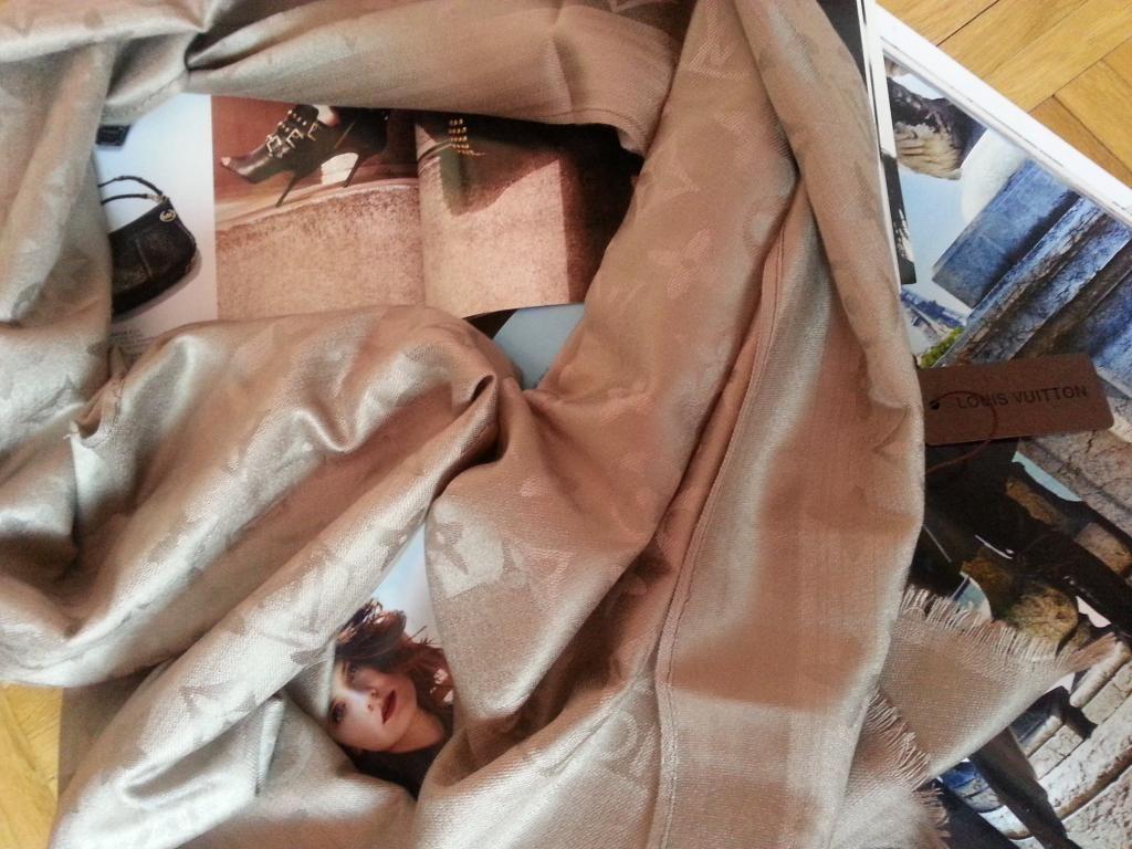 Lv Apaszka Chusta 70 X 190 Nowa Louis 5600633965 Oficjalne Archiwum Allegro Throw Blanket Clothes Fashion