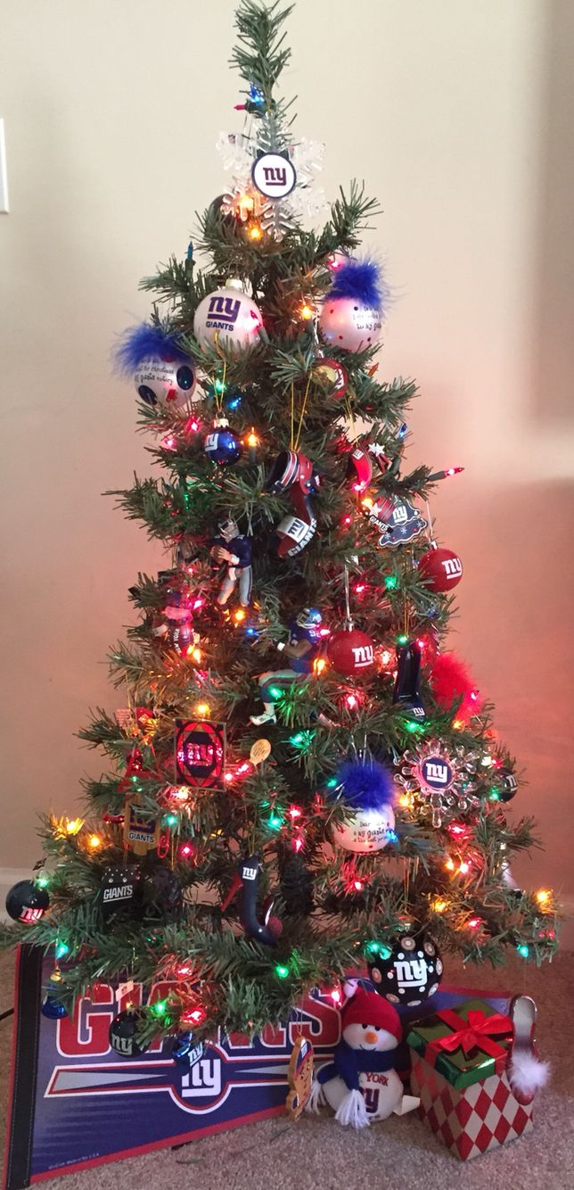 New York Giants Christmas tree :) | New York Giants BABY ...