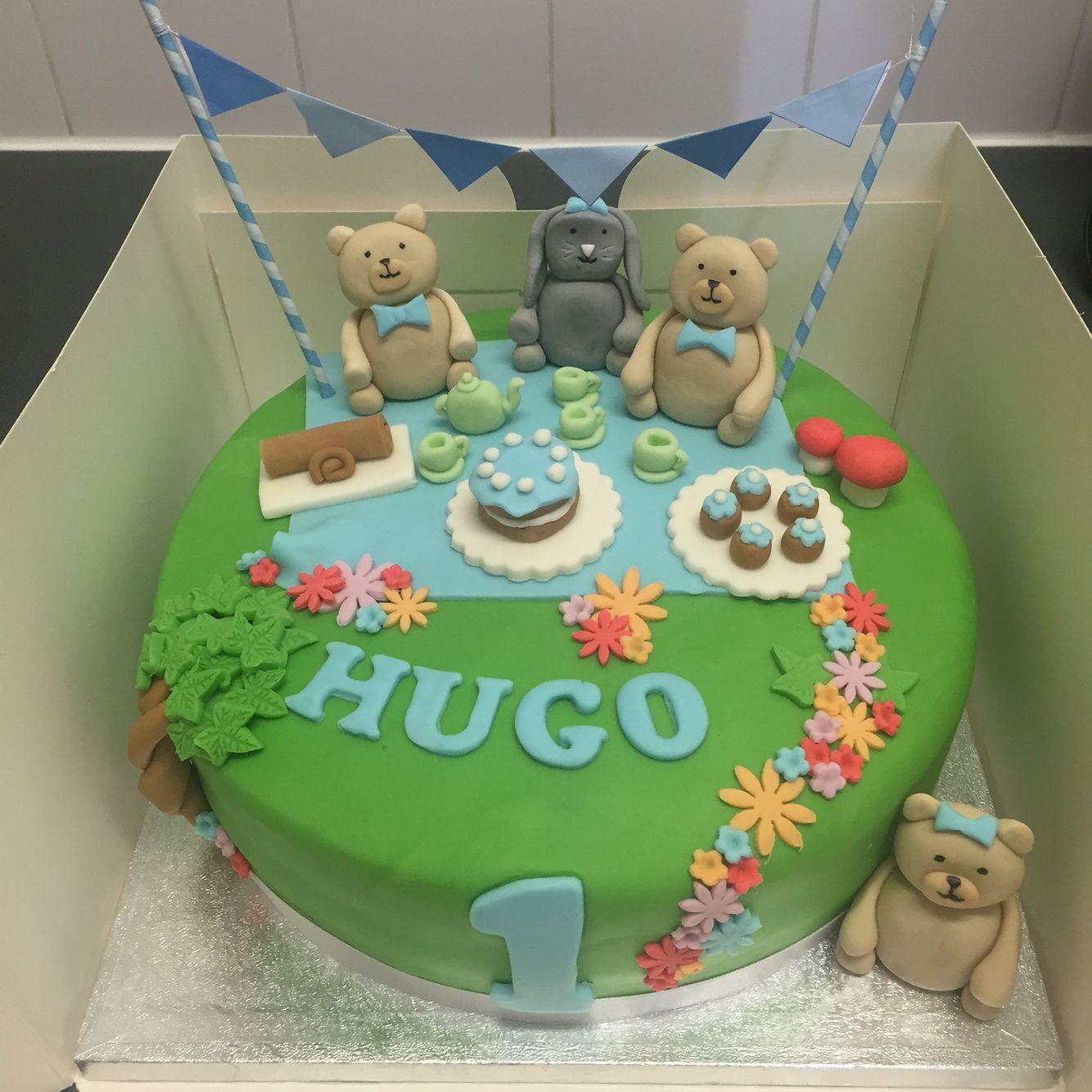 Teddy Bears Picnic Cake Cakes In 2019 Picnic Cake