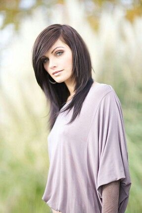 LOVE this cut: textured face framing layers with long blended side bang