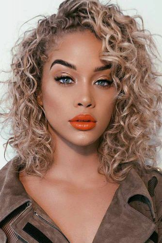 55 Hairstyles For Curly Hair For A Cute Look Lovehairstyles Com Shoulder Length Curly Hair Hair Styles Curly Hair Styles Naturally