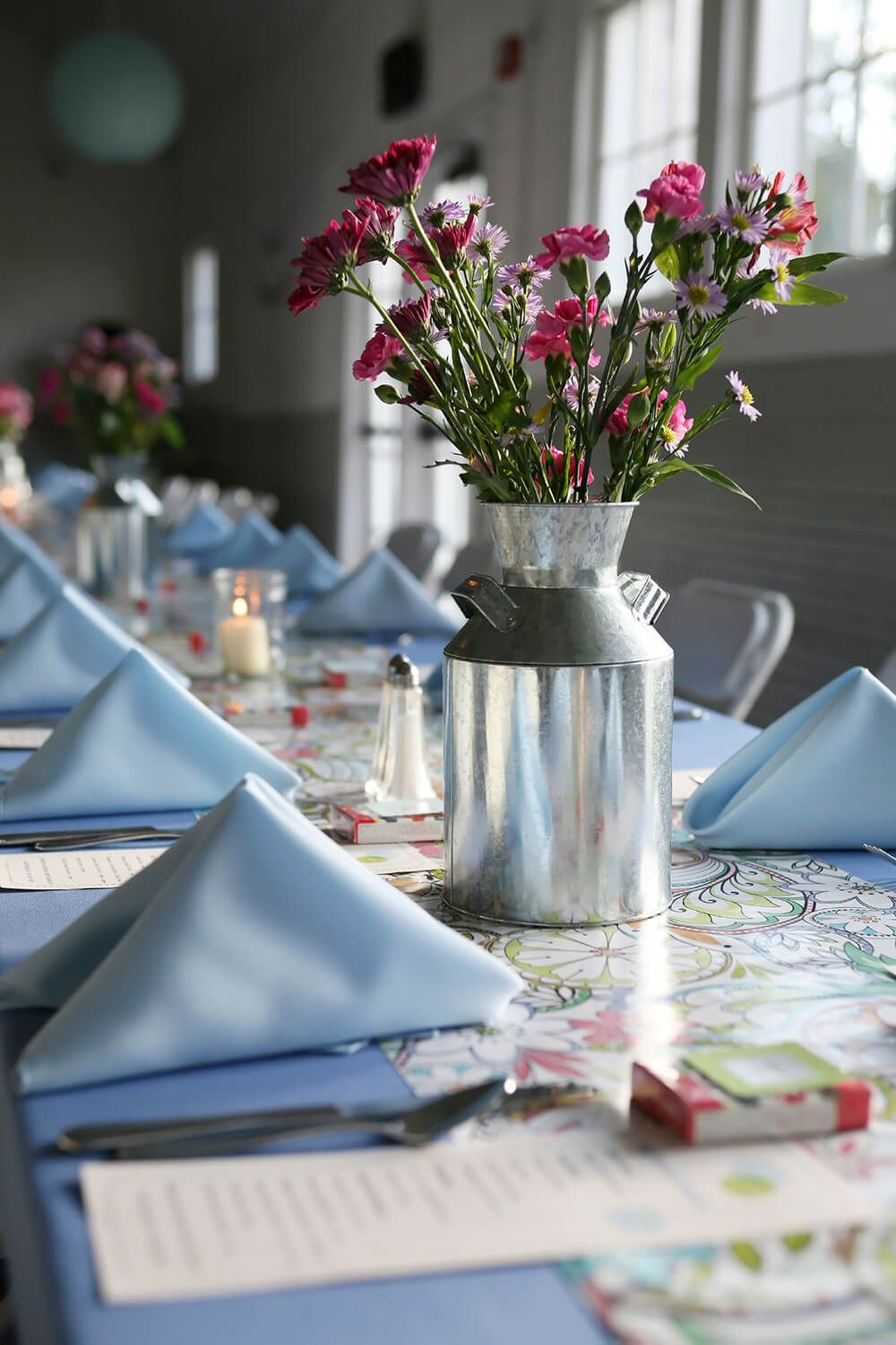 33 Extravagant Floral Arrangements For Your Dining Table Wedding Floral Centerpieces Wedding Centerpieces Diy Picture Wedding Centerpieces