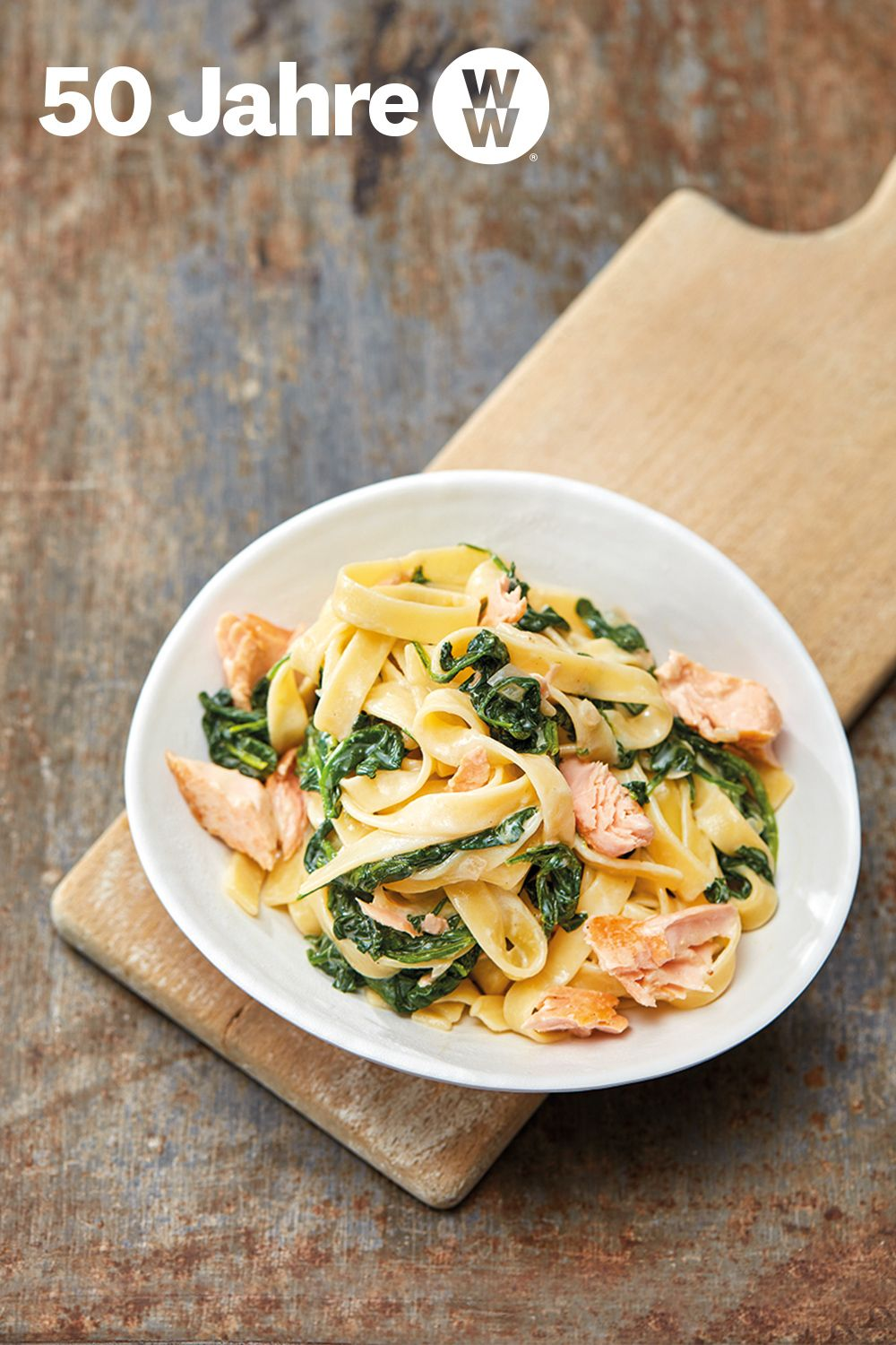 Photo of Tagliatelle with salmon and spinach
